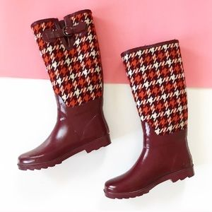 Banana Republic Houndstooth Knit Rainboots 8